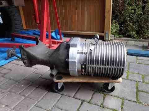 Antriebsmotor